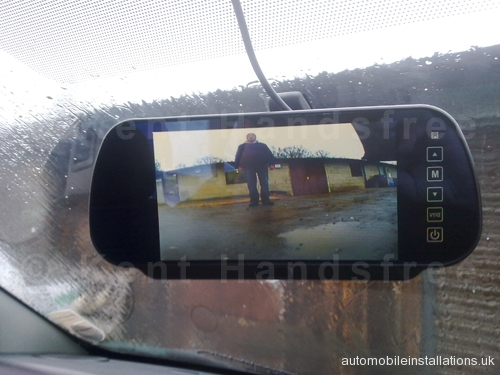 vivaro_mirror_screen