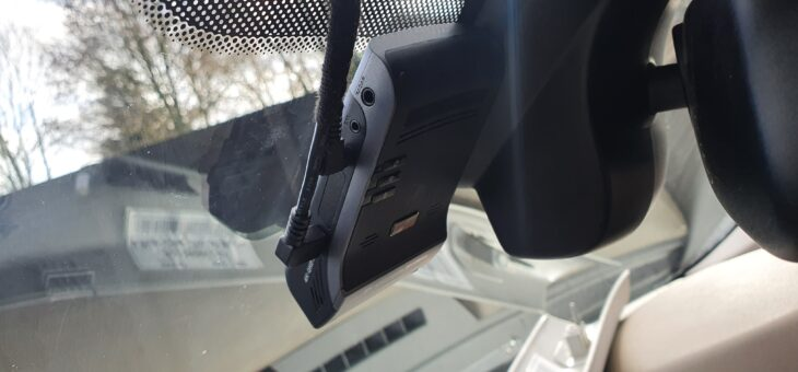 Thinkware U1000 front and rear dash cam Installation into a 2010 Landrover Discovery.
